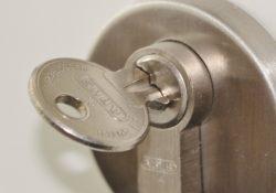Find de kendte Ruko låse billigt online